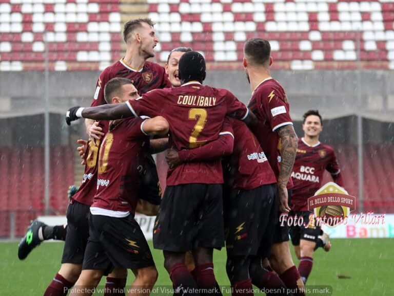 Salernitana: vittoria, clean sheet e secondo posto momentaneo